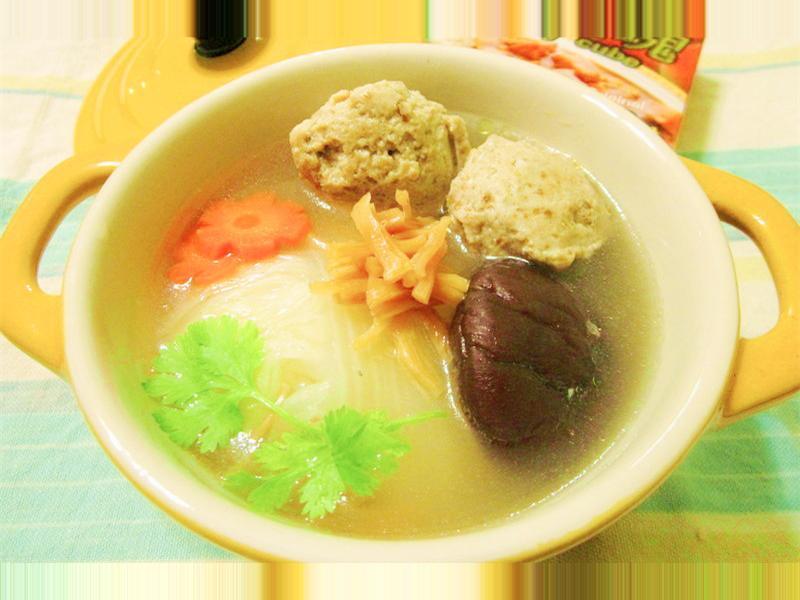 咖哩丸子煨白菜雞湯