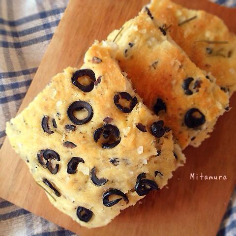 黑橄欖佛卡夏麵包(免揉)