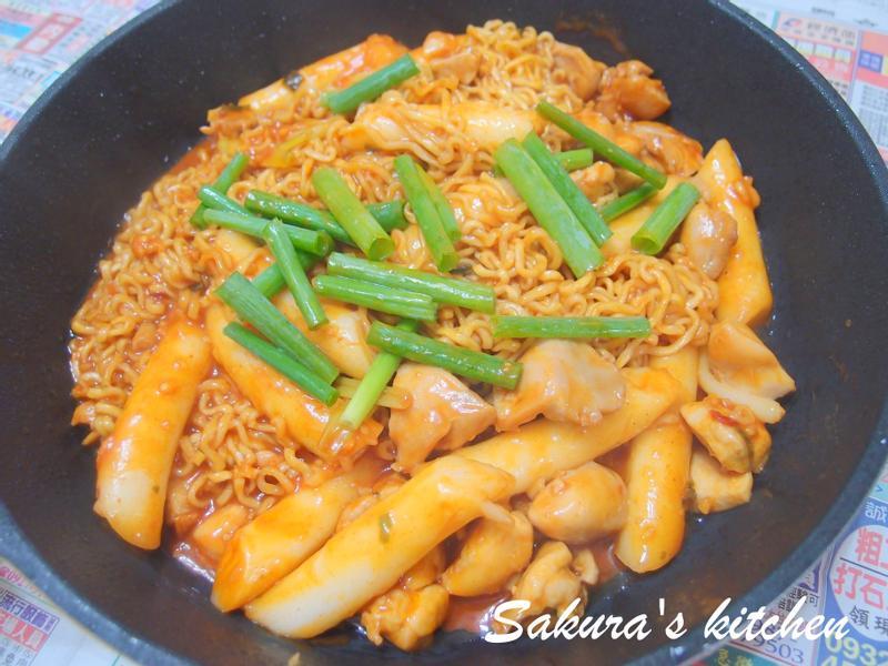 ♥我的手作料理♥ 韓國炒泡麵