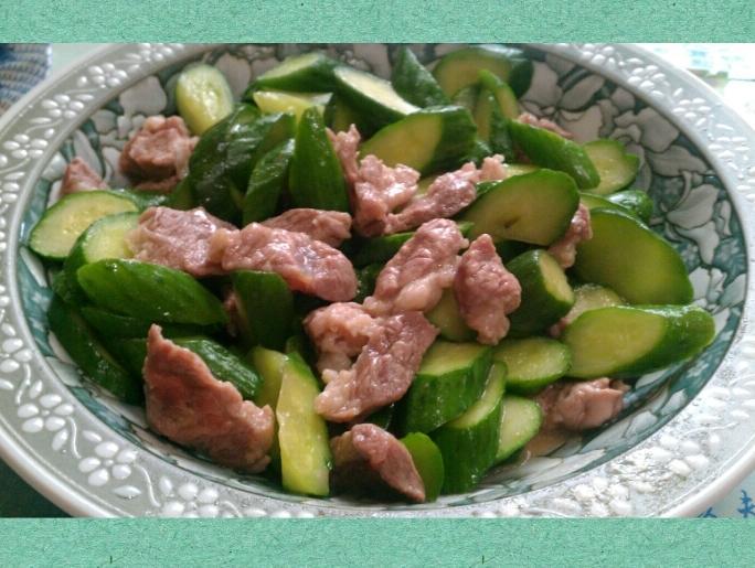 清炒瘦肉黃瓜