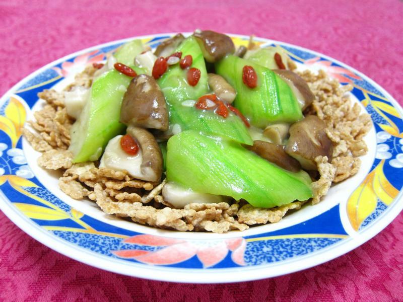 『Special K超快速懶人窈窕輕食』香菇絲瓜燴麥米片(素食)