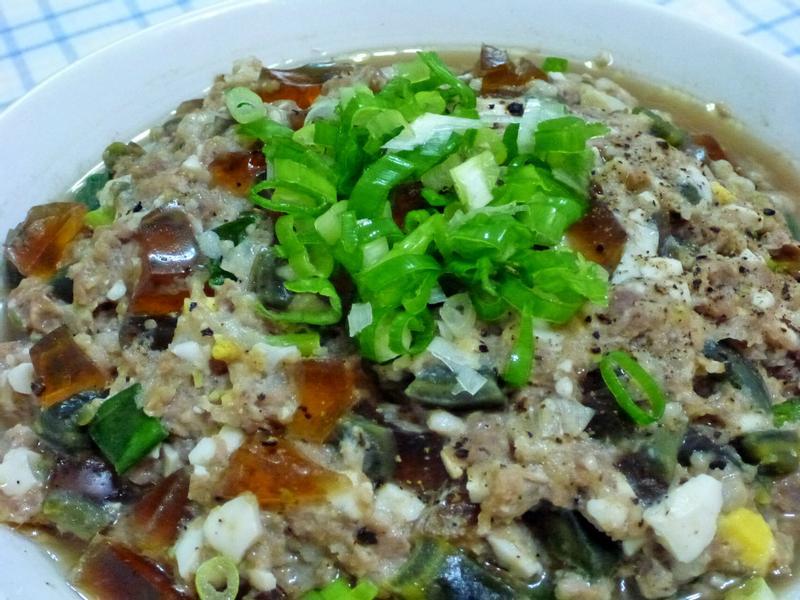 電鍋料理:皮蛋蒸肉