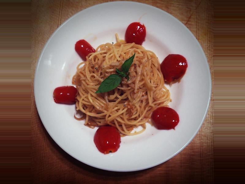【桔香醬油】吻仔魚蕃茄義大利麵