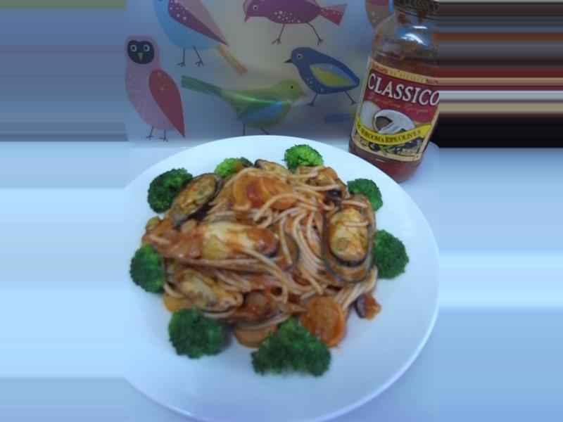 Classico義遊味境:蘑菇橄欖口味 之 淡菜海鮮熱狗義大利麵