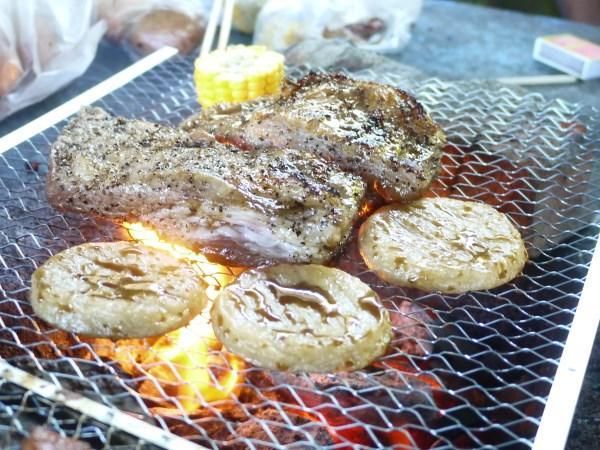 蜜汁鹹(松坂)豬