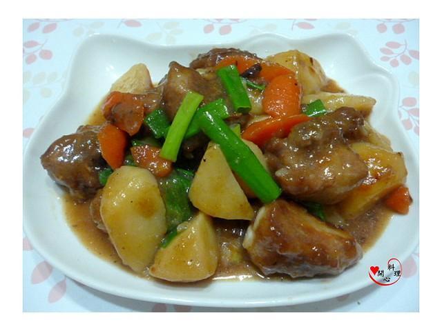 [李錦記舊庄特級蠔油125週年]蠔薯燒豬小排