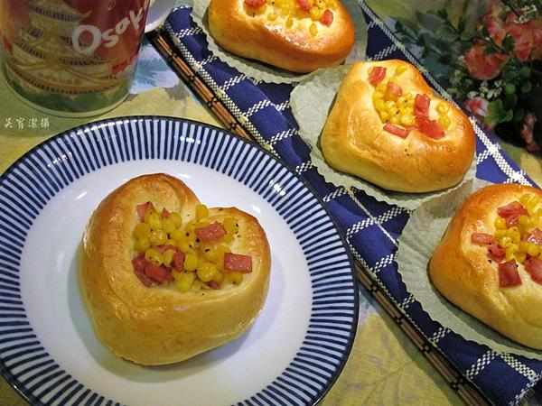 火腿玉米麵包