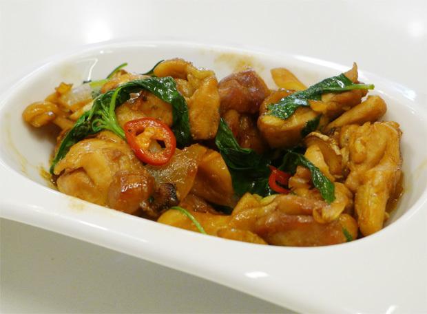 三杯鮑菇雞(豆油伯醬油食譜)