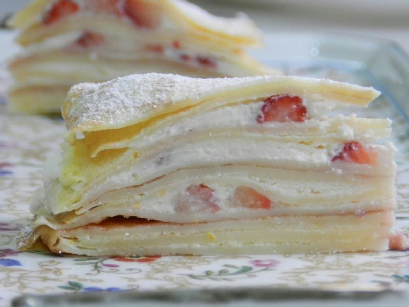 草莓岩燒千層蛋糕