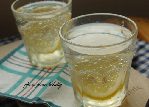 檸檬汽泡酒(自製檸檬蜜)