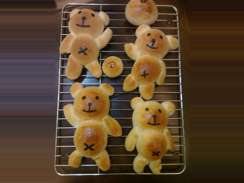「元本山海苔」小熊麵包