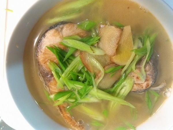 麻油烏魚湯