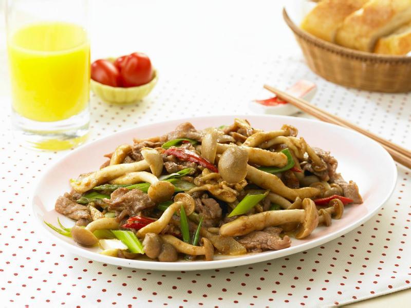 【好菇道】沙茶牛肉炒鴻喜菇