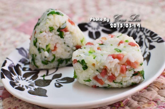 【可拉的鏡頭】青江菜香腸飯糰