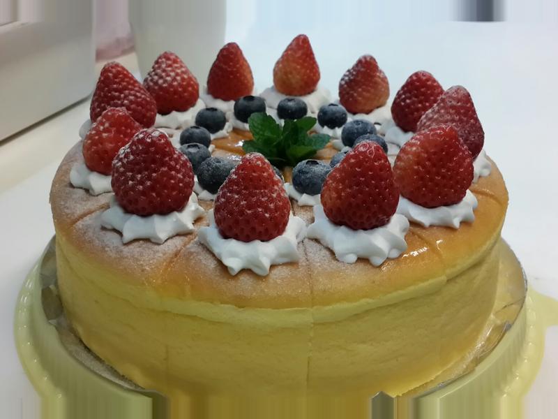 輕乳酪草莓蛋糕