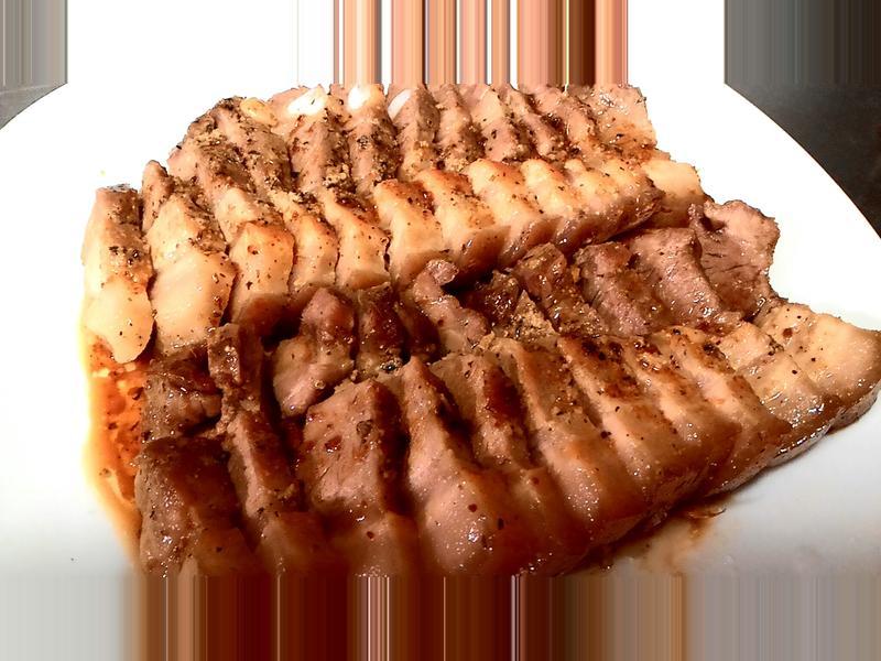 萬用鍋。烤五花肉排