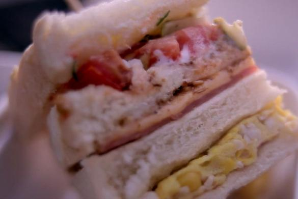 豪華蟲蟲三明治-好蟲上菜囉