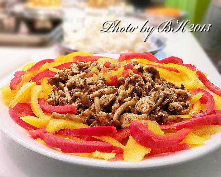 香椿醬拌鮮菇雞柳
