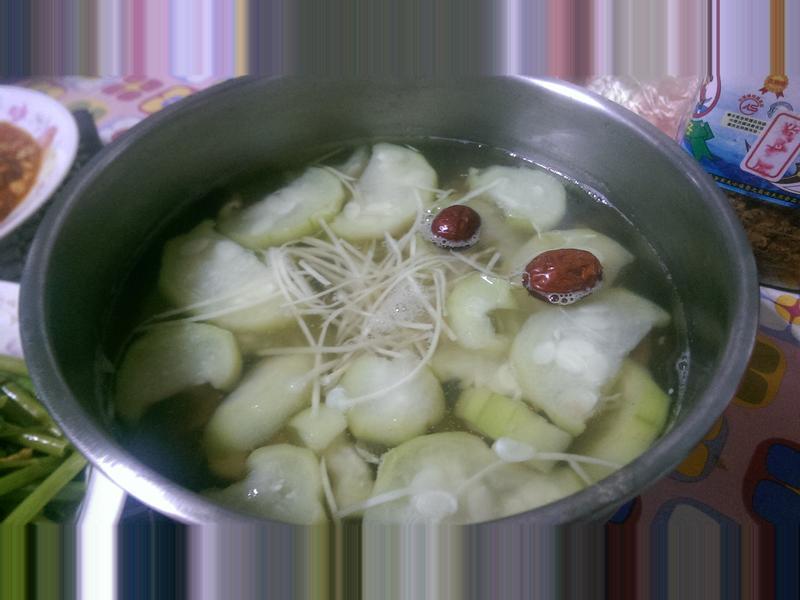 菇菇絲瓜湯