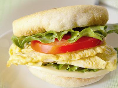【厚生廚房】鮮蔬蛋滿福堡