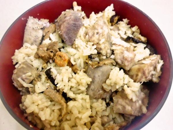 龜甲萬享醍醐味--傳統香菇芋頭飯