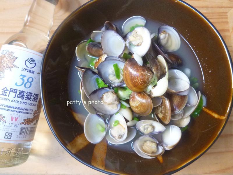 【金門高粱飄香料理】高粱蒸蛤蜊