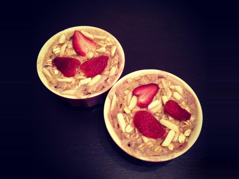 (素)草莓香蕉烤燕麥。新素食 by Miss V.