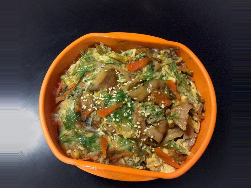 「帶便當」日式豬肉丼與薏米飯