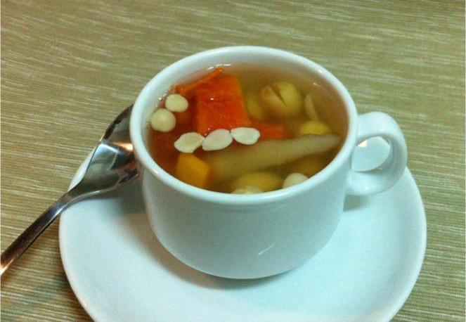 燕窩玉竹杏蓮湯