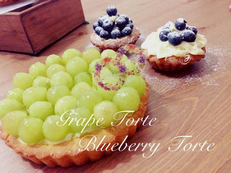 水果蛋糕 Grape & Blueberry Torte