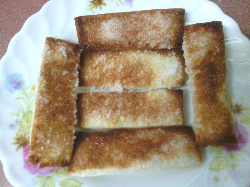 家用小烤箱之砂糖吐司&咬牙餅