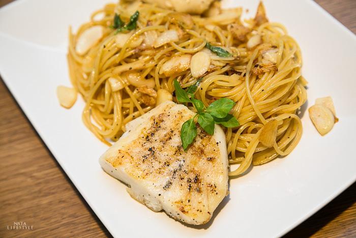 白酒香蒜鱈魚義大利麵
