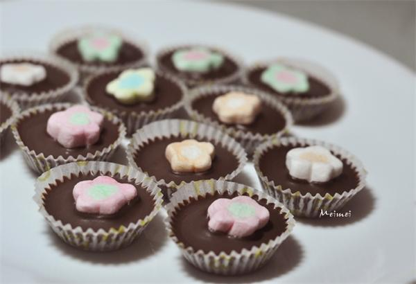 飄飄棉花黑巧克力