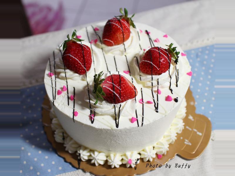 歡樂的春日草莓生日蛋糕【烘焙展食譜募集】