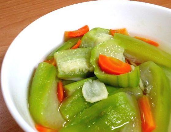 ●電鍋料理─絲瓜綴蘿蔔