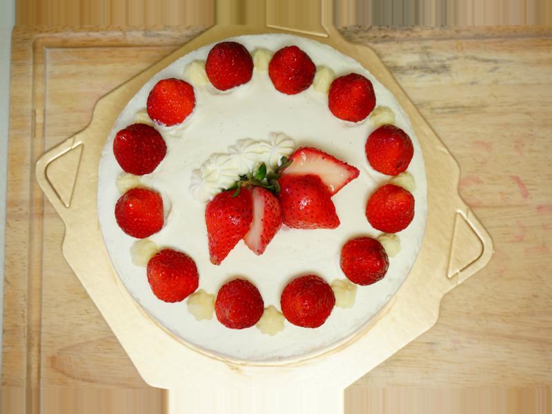 草莓香蕉鮮奶油蛋糕