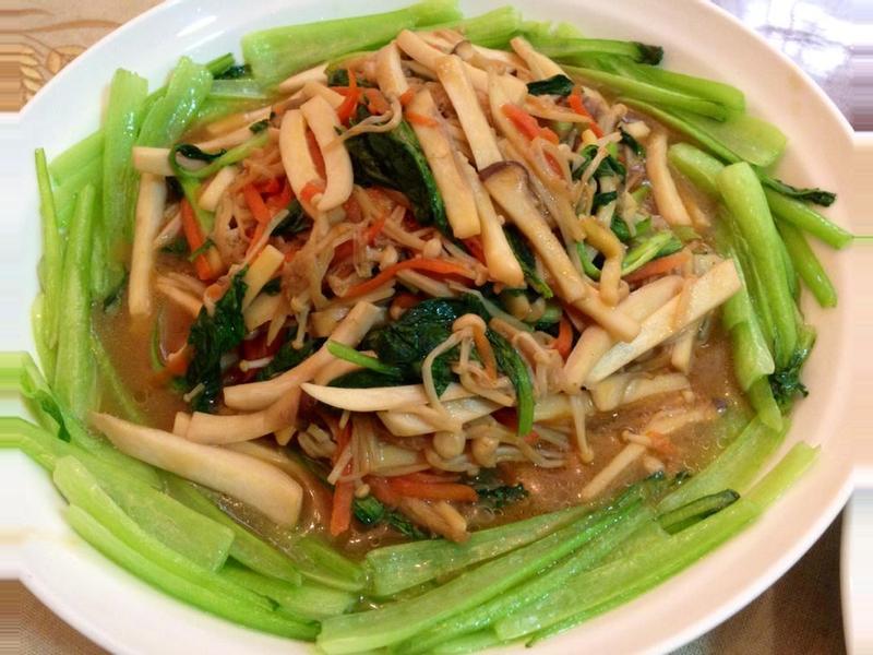 素菜也可以漂亮宴客~素蠔油燴雙菇
