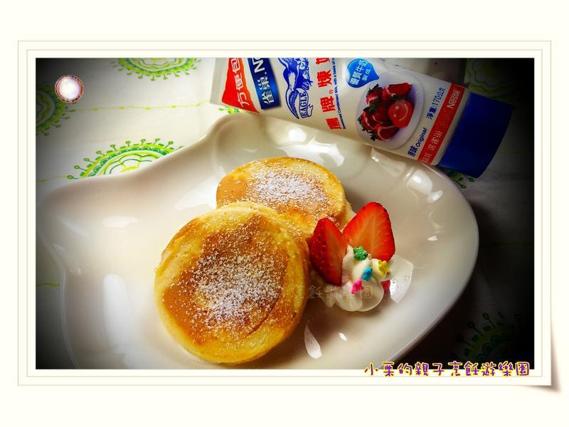 草莓豆渣紅豆餅-草莓就愛鷹牌煉奶