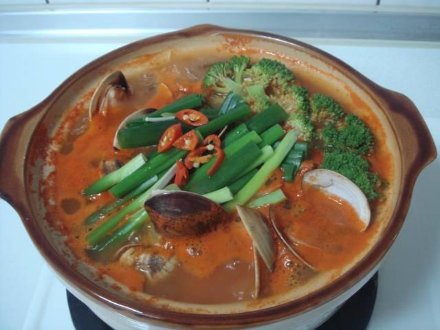 韓式蛤蜊菇菇大醬湯
