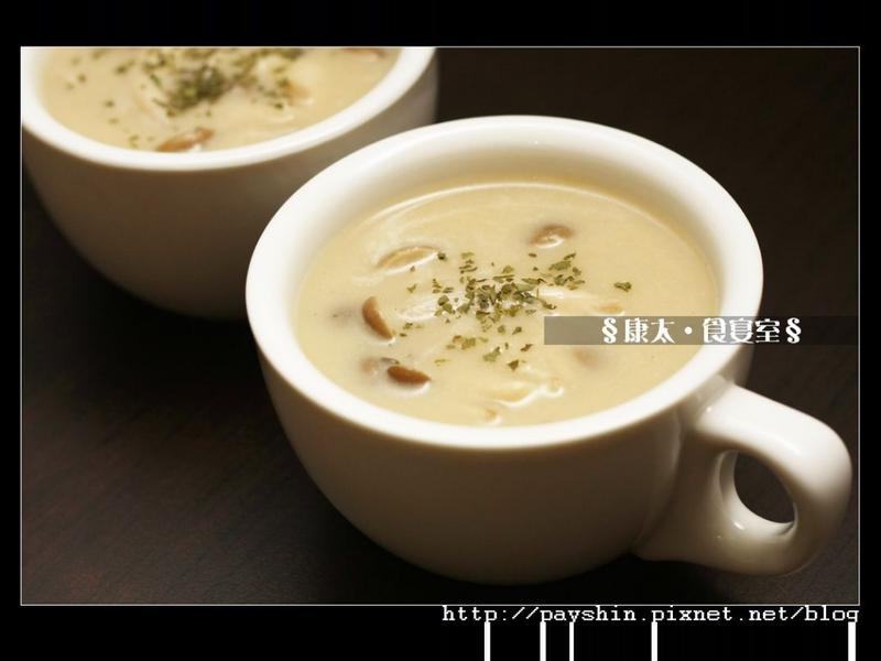 「好菇道菇idea」洋蔥鴻喜菇濃湯
