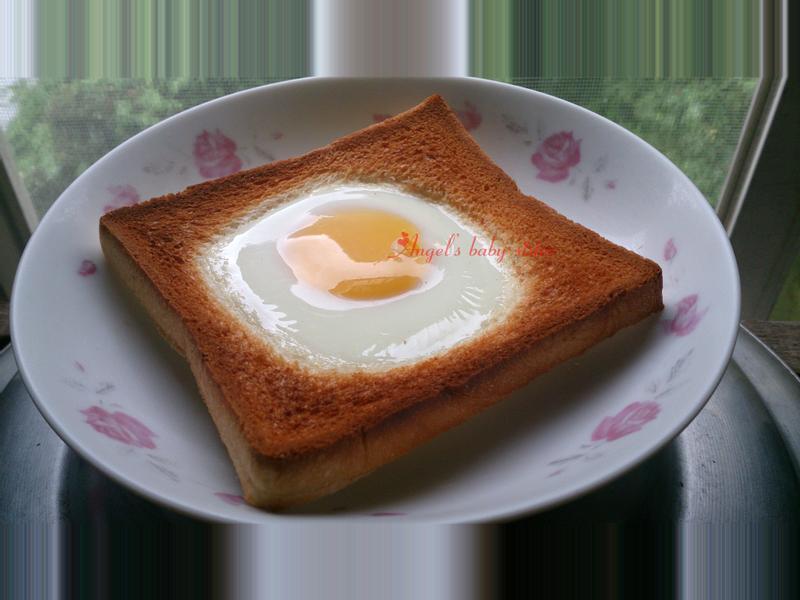 早餐-太陽躲在吐司裡