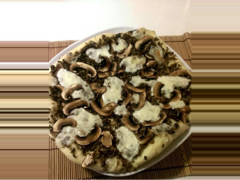 蘑菇馬芝拉起司皮薩【家樂福廚神大賽】