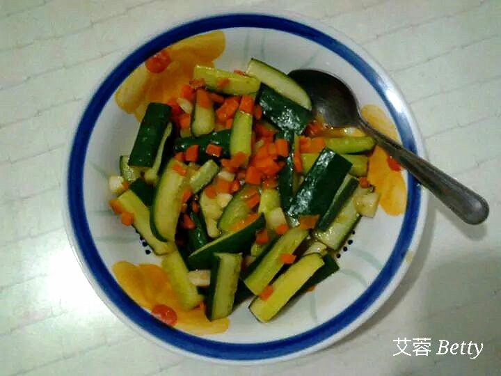 快炒小黃瓜