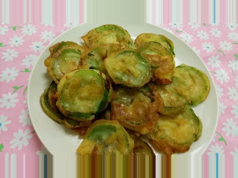 ㄚ芬的小廚房--香煎絲瓜
