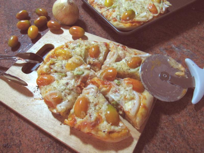 【自製厚皮Pizza】聖女番茄鮪魚口味