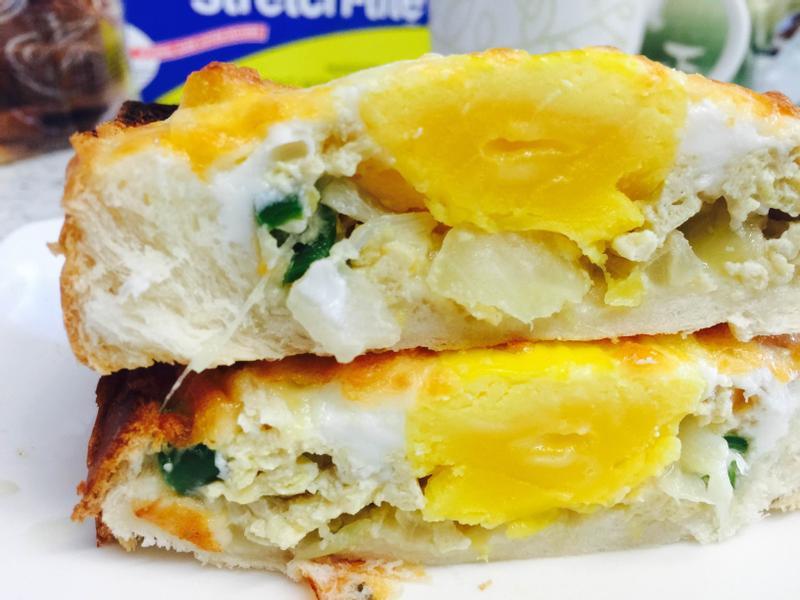 焗烤孤單吐司(洋菇+蛋)