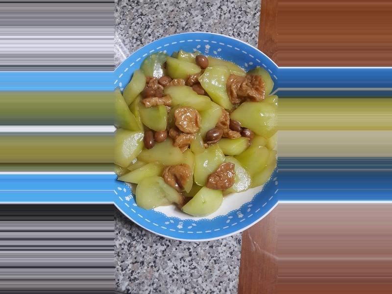 大黃瓜燴土豆麵筋