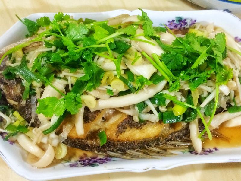 菇菇醋溜魚