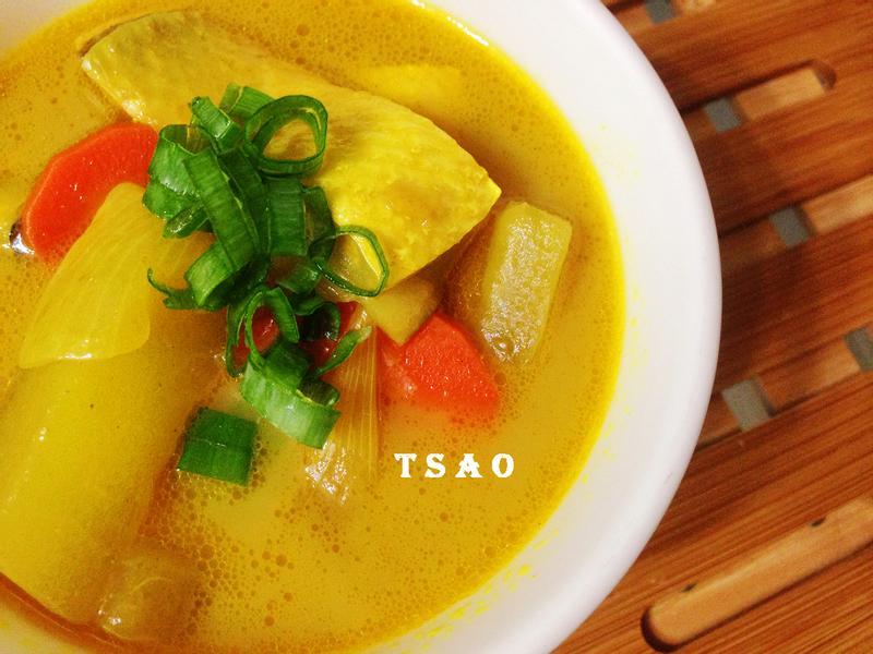 咖哩魚片湯