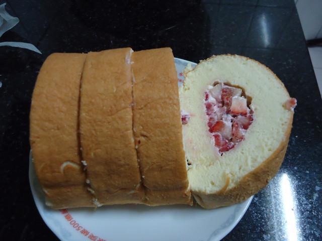 草莓蛋糕捲